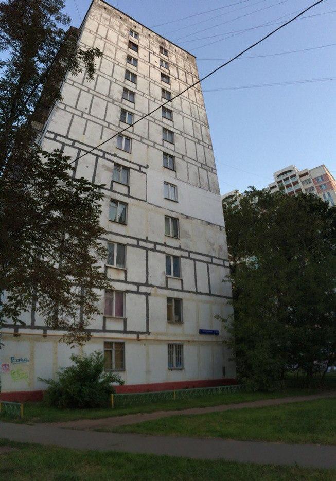 Москва. Проезд Черепановых 64/2