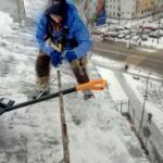 очистка крыши от наледи и льда