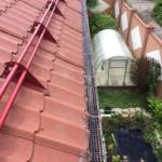 монтаж решеток для водосточной системы
